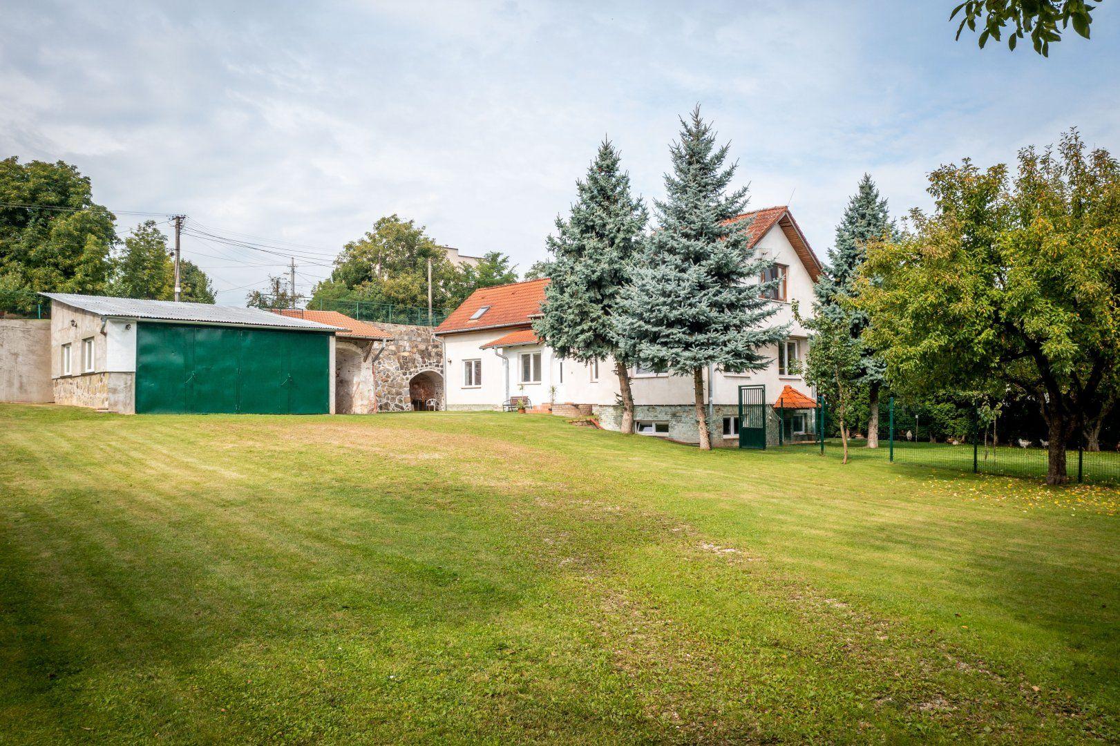Rodinný dom-Prenájom-Košice - mestská časť Barca-1 200 €