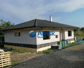 Novostavba rodinného domu v obci Kamenec pod Vtáčnikom, posledný dom v ponuke
