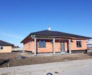 TOP! Novostavba  4 izbového rodinného domu na 850 m2 pozemku blízko Dun.Stredy