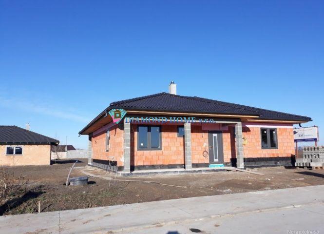 Rodinný dom - Dunajský Klátov - Fotografia 1