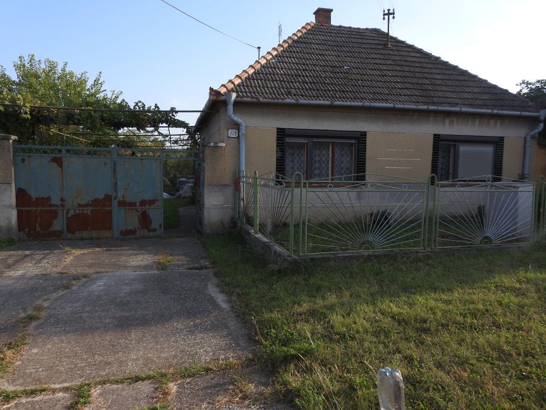 Rodinný dom-Predaj-Pata-116 000 €