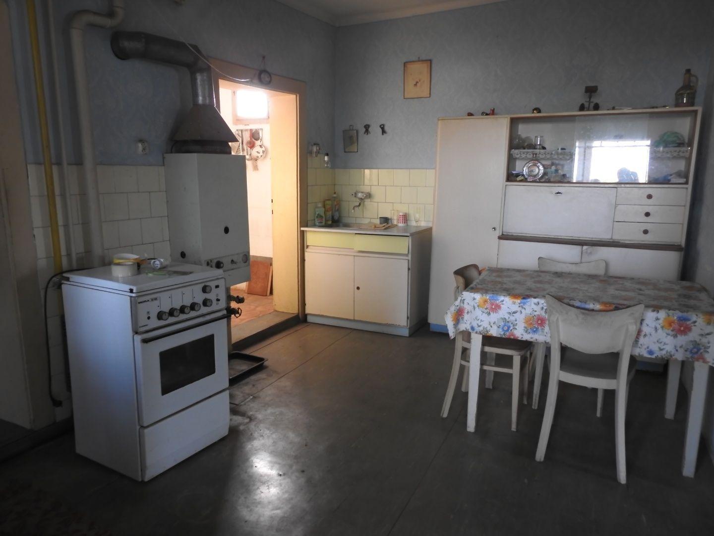 Predaj rodinného domu - Pata (007-12-LEMA)