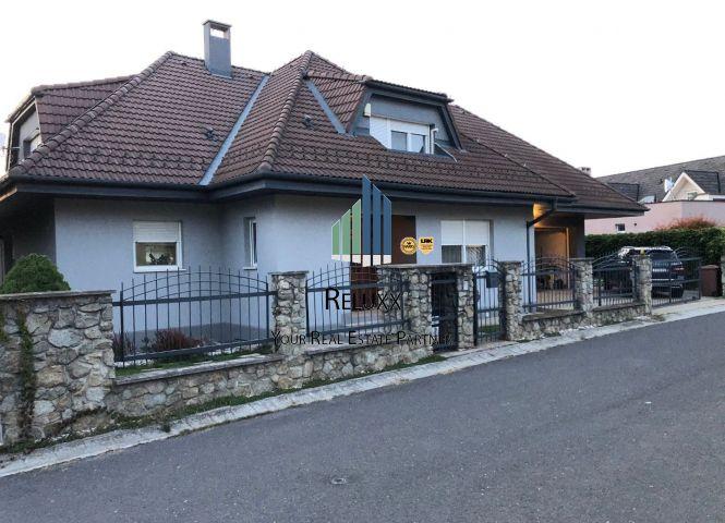 Rodinný dom - Bratislava-Záhorská Bystrica - Fotografia 1