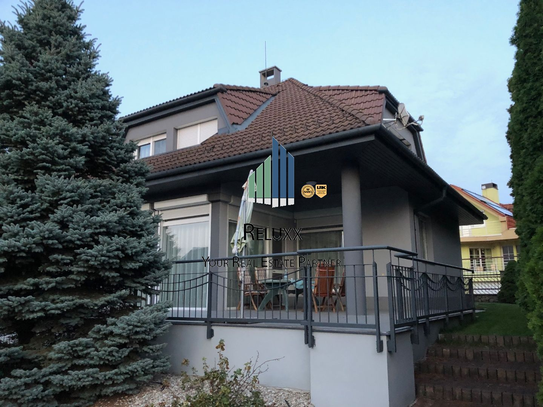 BA IV Záhorská Bystrica Strmý vŕšok predaj 5 izb. rodinného domu s dvoj garážou a 700 m2 pozemkom
