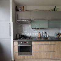 3 izbový byt, Považská Bystrica, 80 m², Čiastočná rekonštrukcia