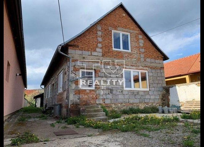 Rodinný dom - Dolná Súča - Fotografia 1