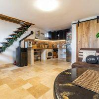 Chata, drevenica, zrub, Vinné, 90 m², Kompletná rekonštrukcia