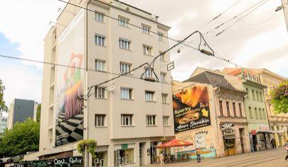 Predaj – 2,5 izbový staromestský  byt s balkónom – Obchodná ul. – Staré mesto BA I. TOP PONUKA!