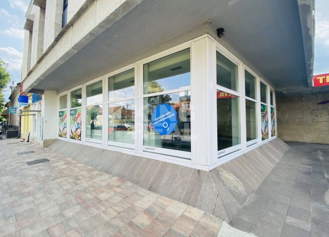 objekt pre obchod - Šurany - Fotografia 1