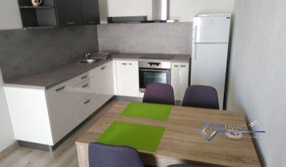 Krásna novostavba, 2 izb, byt, balkon, parkov. miesto.