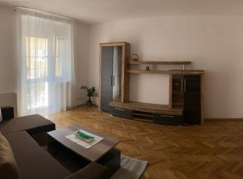BA I. Staré mesto - 2,5 izbový byt  na Francisciho ulici