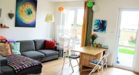 3 - izbový štýlový dom 76 m2, pozemok 272 m2 -  Rajka