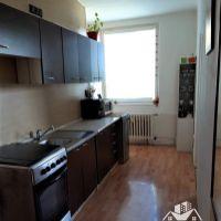 2 izbový byt, Komárno, 56 m², Čiastočná rekonštrukcia