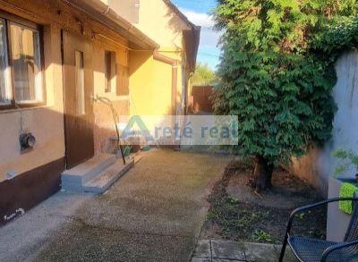 Areté real - Predaj staršieho rodinného domu v tichej lokalite v Pezinku, časť Grinava