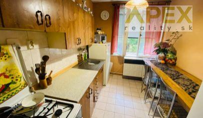 Exkluzívne APEX reality 3i. byt v tehlovom byt. dome v Rišňovciach, 62 m2, pôvodný stave, 2x pivnica
