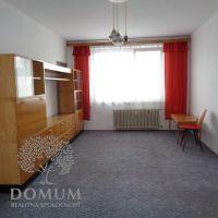 2 izbový byt, Nové Mesto nad Váhom, 55 m², Čiastočná rekonštrukcia