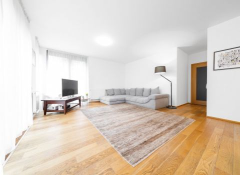 PRENAJATÝ - Na prenájom nadštandardný 2 izbový byt s predzáhradkou vo výnimočnom projekte PARKVILLE