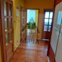 3 izbový byt, Považská Bystrica, 65 m², Kompletná rekonštrukcia