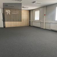 Kancelárie, Trnava, 90 m², Čiastočná rekonštrukcia