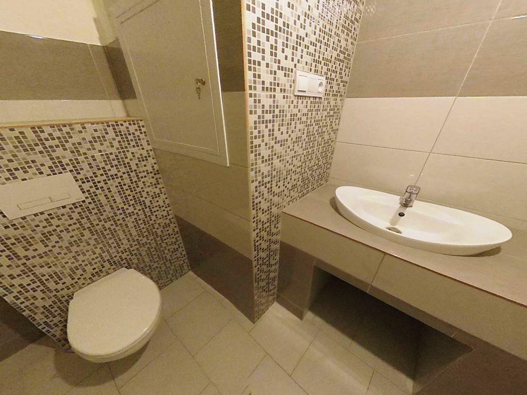 Na predaj kompletne rekonštruovaný 3 izbový byt s balkónom Levoča - 12