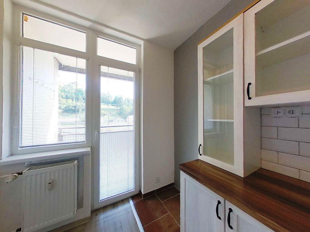 Na predaj kompletne rekonštruovaný 3 izbový byt s balkónom Levoča - 4
