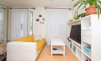 Mestský byt - veľkometrážne štúdio - 29,05 m2 - centrum BA, pri YMCE a trhovisku Žilinská