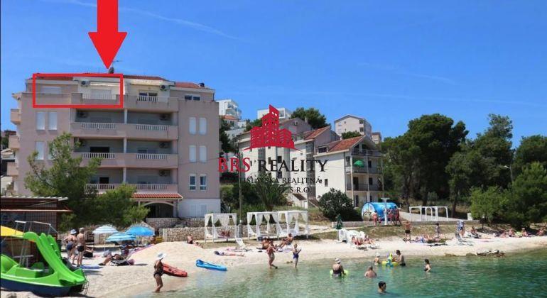 Krásny 3 izb. apartmán priamo na pláži - Trogir