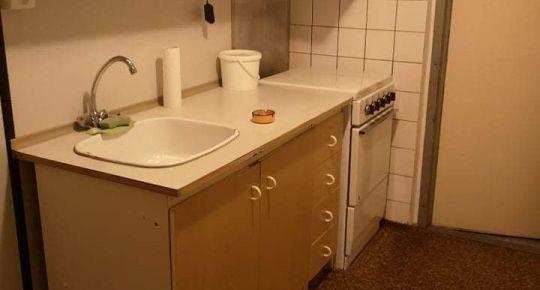 Ponúkame na predaj 1 izb.byt v Lučenci Vajanského.