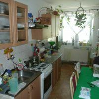 3 izbový byt, Nová Ves nad Váhom, 79 m², Čiastočná rekonštrukcia