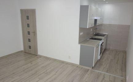 Nová rekonštrukcia!!! 2-izbový byt s lodžiou 51 m2 na Bazovského ul. v Trenčíne - Juh I