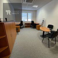 Kancelárie, Trnava, 19 m², Kompletná rekonštrukcia