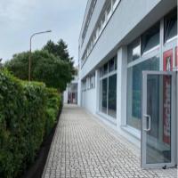 Kancelárie, Bratislava-Nové Mesto, 15 m², Čiastočná rekonštrukcia