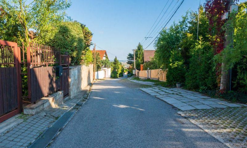 ponukabyvania.sk_Stupavská_pre-rodinné-domy_BARTA