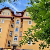 2 izbový byt, Bratislava-Staré Mesto, 75 m², Čiastočná rekonštrukcia