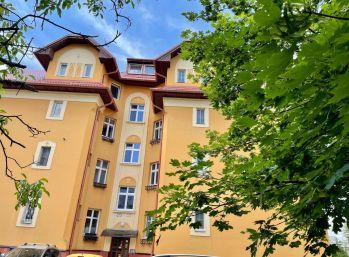 BA I. Staré mesto - 2 izbový byt pri Horskom parku s parkovaním a záhradou na Brnianskej ulici