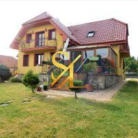 Rodinný dom, Radava, 285 m², Novostavba