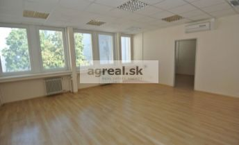 Prenájom,  kancelárie v administratívnej budove na ulici Pluhová, Bratislava – Nové Mesto,