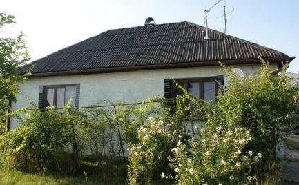 4 izbový rodinný dom v obci Vinica