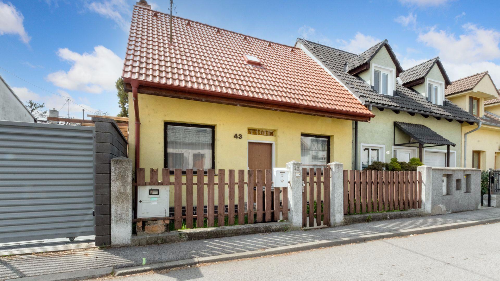 Rodinný dom-Predaj-Bratislava - mestská časť Ružinov-289000.00 €