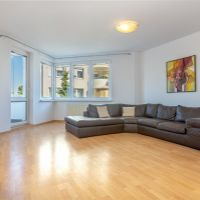 4 izbový byt, Bratislava-Staré Mesto, 125.26 m², Kompletná rekonštrukcia