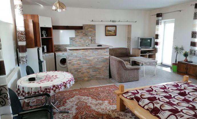 PRENÁJOM - veľký 2-lôžkový luxusný apartmán - SUČANY