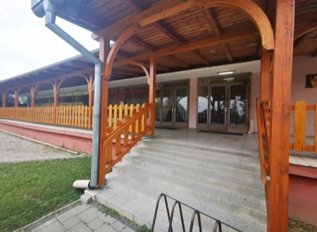 Pohostinstvo, obchod s pozemkom 1123 m2 / Veľké Orvište