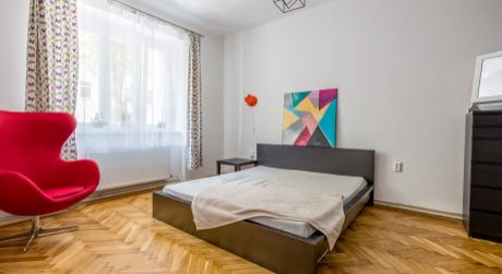 REZERVOVANÉ! Veľký 2- izbový byt na ulici Rastislavova