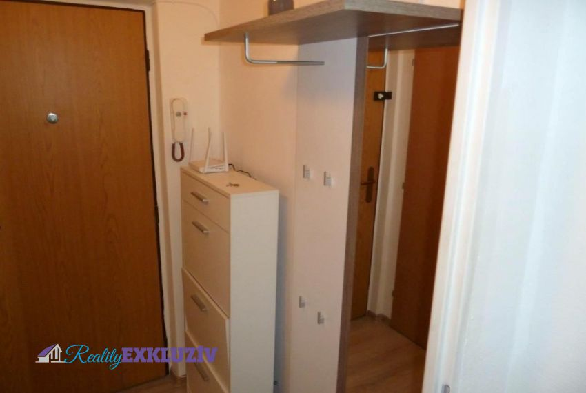 Prenájom 1 izbový byt Lučenec-5