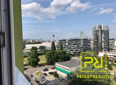 Ponúkame Vám na predaj 1 izbový byt Bratislava-Zač. Petržalka, Bohrova ul.