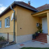 Rodinný dom, Trávnica, 1465 m², Čiastočná rekonštrukcia