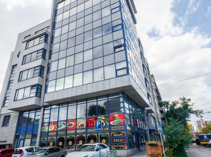 TRNAVSKÁ CESTA, 4-i byt, 169 m2, tehla, GARÁŽOVÉ STÁTIE, VLASTNÝ KOTOL, vynikajúce dopravné napojenie