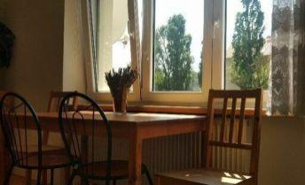 RK Byty Bratislava prenajme 3 - izb. byt, Kadnárova, BA III - Rača - Krasňany.