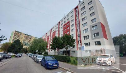Na predaj 4.izbový byt Petržalka, Tupolevova.