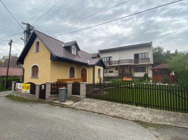 Vidiecky  4 izbový rodinný dom v obci Mojtín